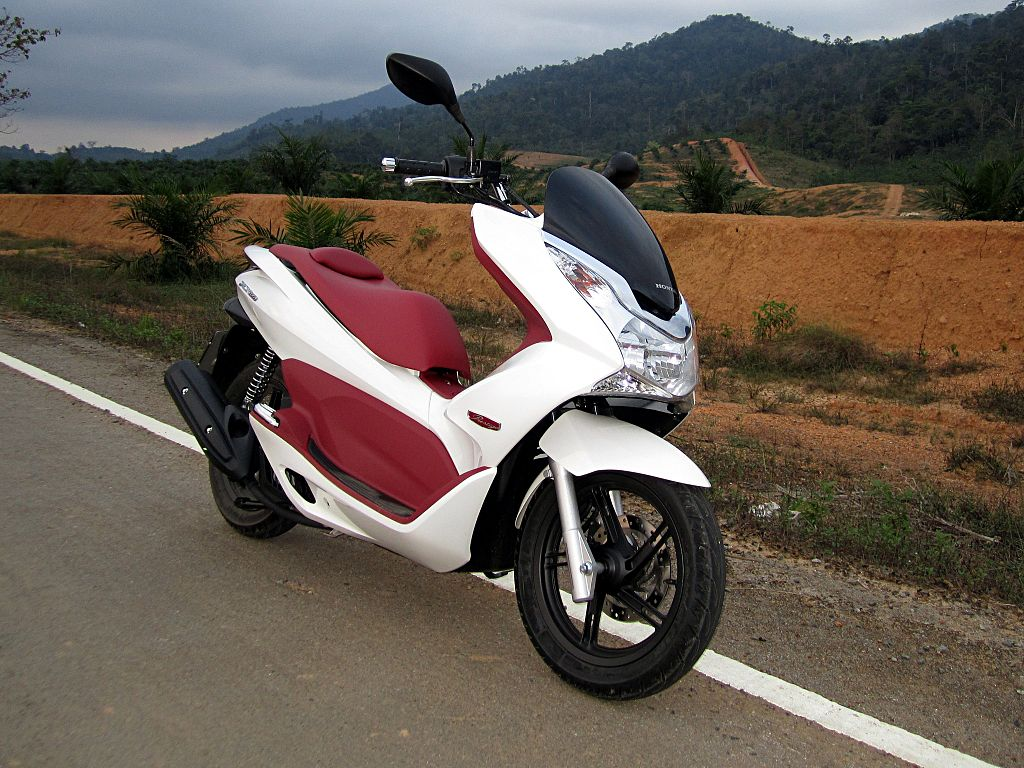 honda pcx 150 manual english
